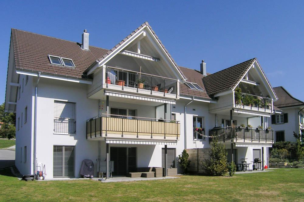 "Mehrfamilienhaus ""Sonnhalde"", 3232 Ins"